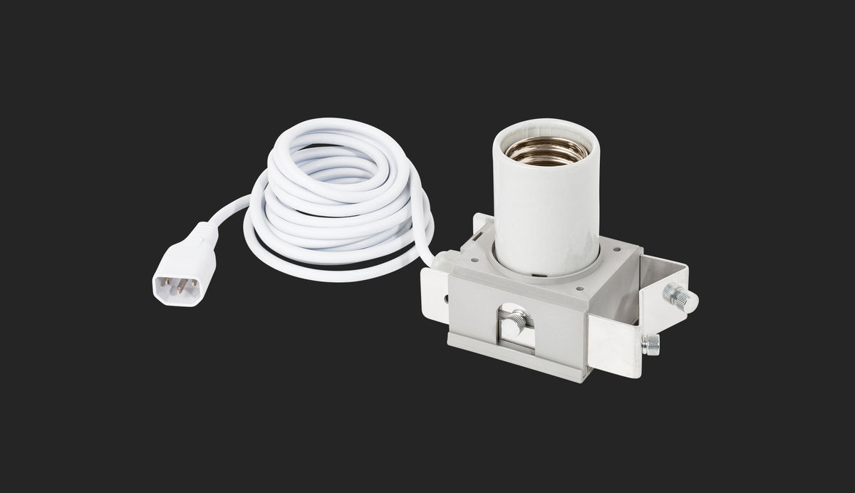 Adjust-A-Wings lampun kanta IEC -johdolla